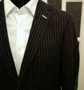 Дизайнерский пиджак. RICHMOND&LEWIS