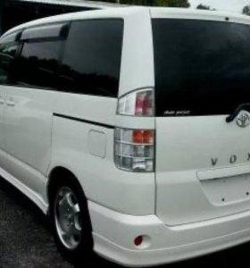 Продажа автомобиля на запчасти Toyota Voxy 4 вд