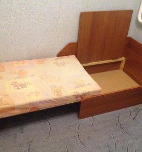 Детский диван кровать.