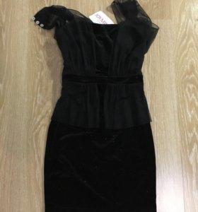 Платье бархат новое