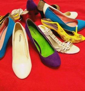 Туфли  босоножки размер 39. 39.5