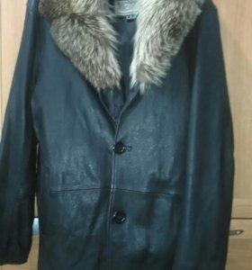 Кожаная куртка р-р 54-56