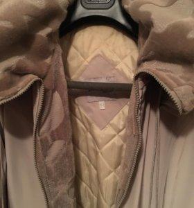 Пальто демисезонное светлое