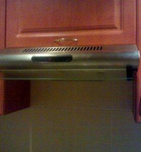 .продам вытяжку Whirlpool AKR 420 ME