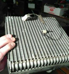 Радиатор кондиционера с приоры,радиатор отопителя,