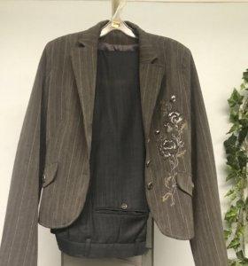 Женский костюм или пиджак отдельно