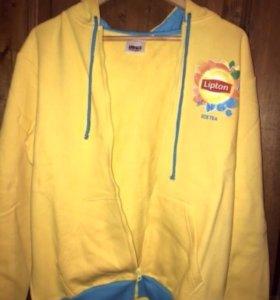 Желтая кофта