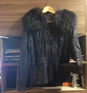 Куртка натуральная кожа с песцом 44 р.