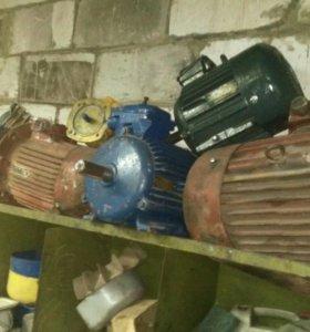 Продам электродвигатель 4кВт одофазный.