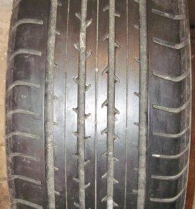 Летняя шина Dunlop в отличном состоянии 225/50 R17