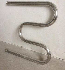 Полотенцесушитель новый (змеевик)