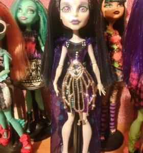 Кукла Monster High Elle Edee