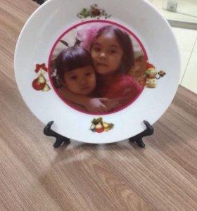 Тарелочки с фото и новогодним принтом