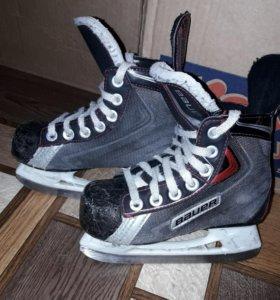 Коньки хоккейные р-р 28