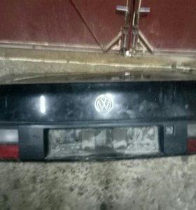Капот(крышка багажника) VWПассат б3,б4 passat