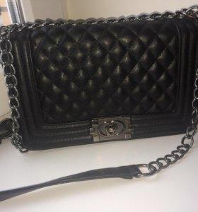 Сумочка «Chanel»