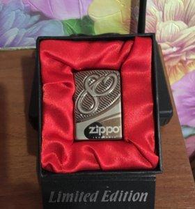 Юбилейная Zippo 80 лет,армор ,ограниченная серия