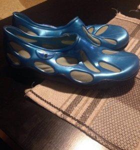 Обувь для моря и бассейна