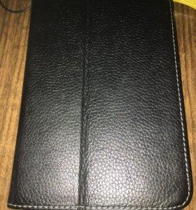 Продам кожаный чехол для планшета