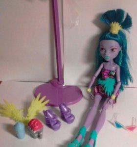 Monster High и Ever After High куклы