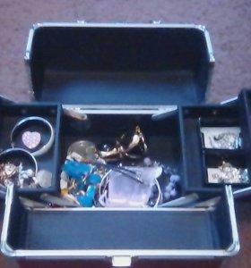 Косметичка - чемоданчик Мэри Кэй