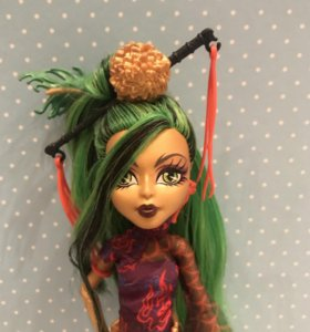 Кукла Monster High Дженифаер Лонг