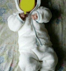 Флисовый костюмчик 0+ очень теплый!!!