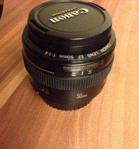 Canon EF 50. 1.4