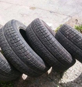 Зимние шины Bridgestone Blizzak