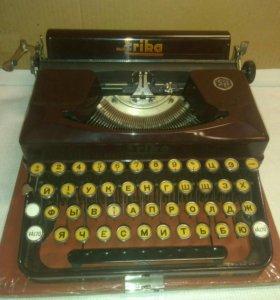 Печатная машинка Erika 1941 года