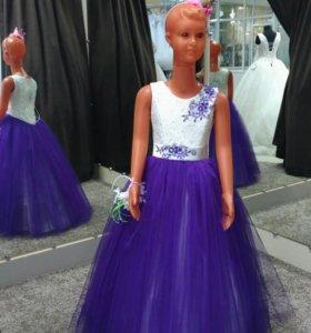 Новое платье в прокат на девочку 5-7 лет