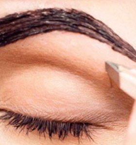 Коррекция бровей и окраска бровей и ресниц.