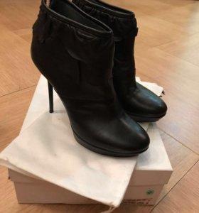 Ботинки Just Cavalli новые