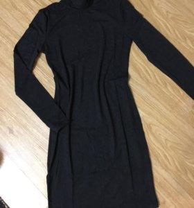 Платье-водолазка новое