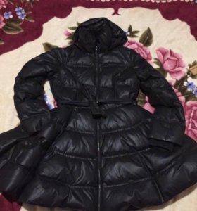 Тёплый зимний модный плащь