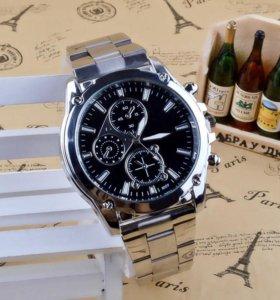Часы с стальным браслетом M&H 1006