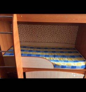 Детская кровать 2х ярусная