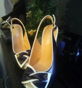 Босоножки, туфли новые