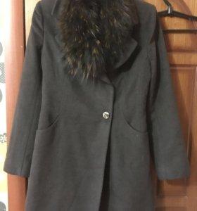 Пальто новое 42-44 р