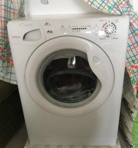 Продаю новую стиральную машинку Candy GC4 1051 D