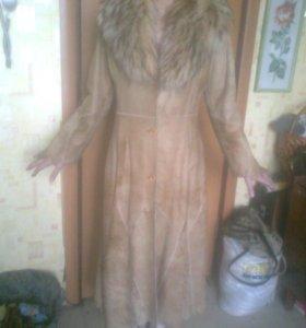 Кожаное пальто Albertini Collezione с енотом