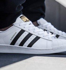 Adidas superstar белые с чер (С МЕХОМ) 39-46 раз
