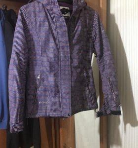 Горнолыжная, тёплая куртка