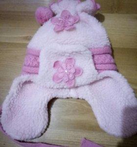 Зимняя шапка для девочки на 1 -2 года