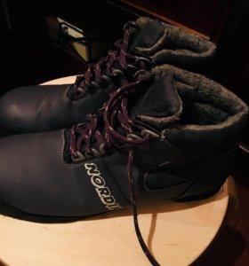Продам новые ботинки для беговых лыж размер 43⬆️✅