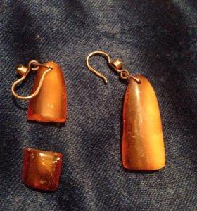 Сережки из янтаря