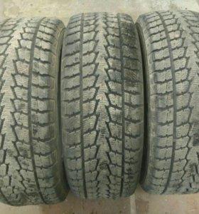 Продам шины Toyo winter Trabpath s1R18