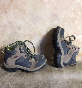 Ботинки Quechua,32,б/у