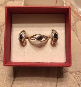 Золотые серьги с кольцом с сапфиром и бриллиантами