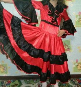 Платья карновальное